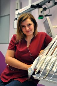 Dentist Izabela Kazimirów